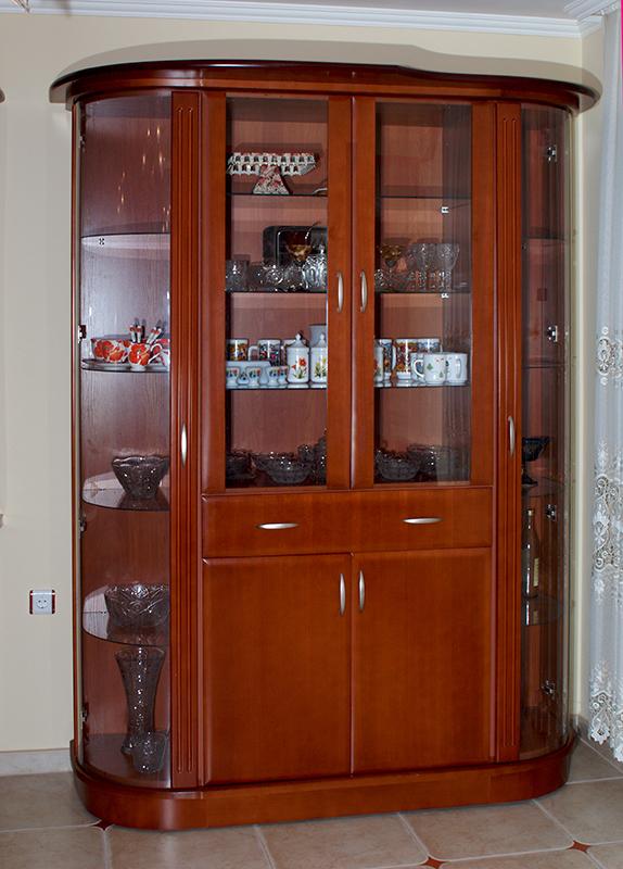 трапезариен шкаф